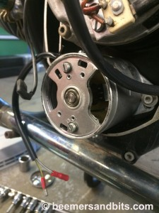 The very large circlip went in and the center bearing plate installed.