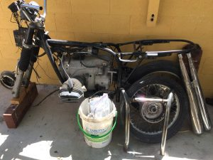 R75/5 with the incorrect speedo and valve covers
